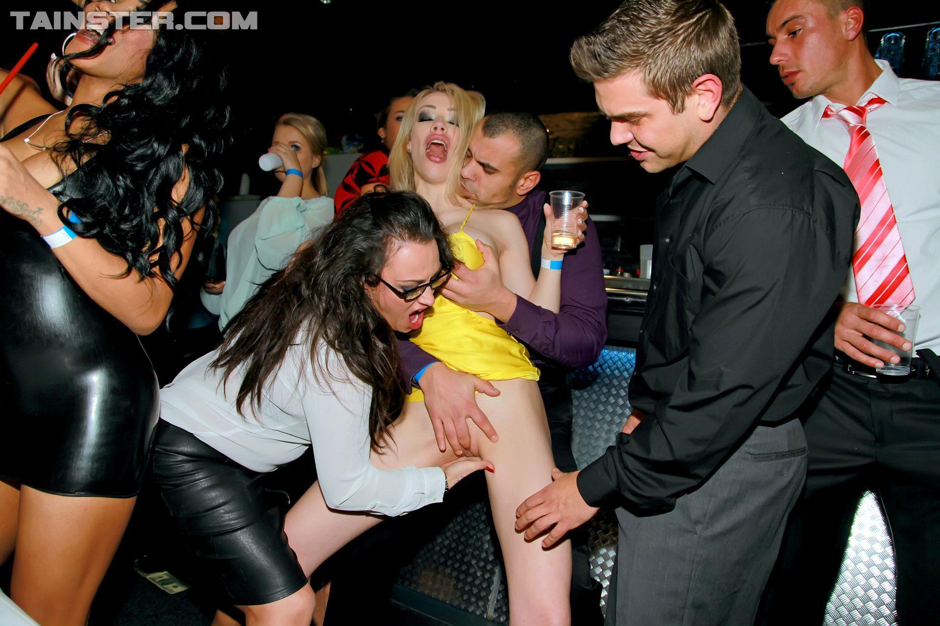 Club public a sex in Free Sex