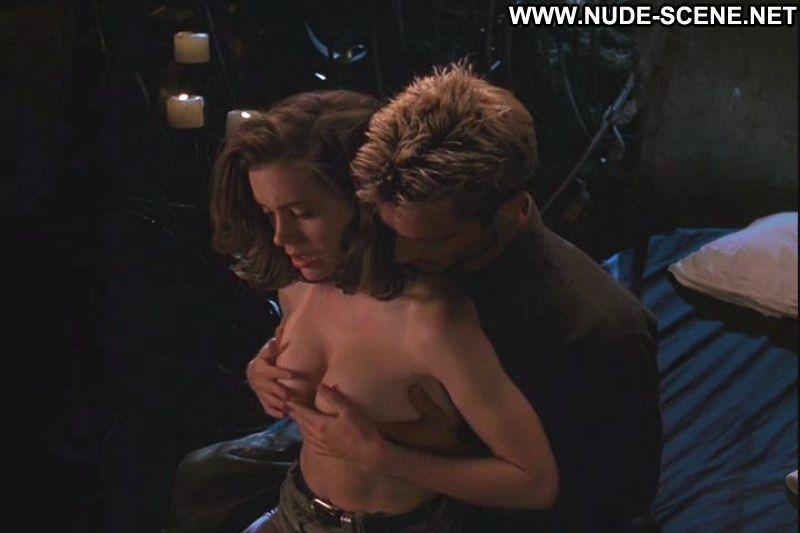 Alyssa milano car sex scene