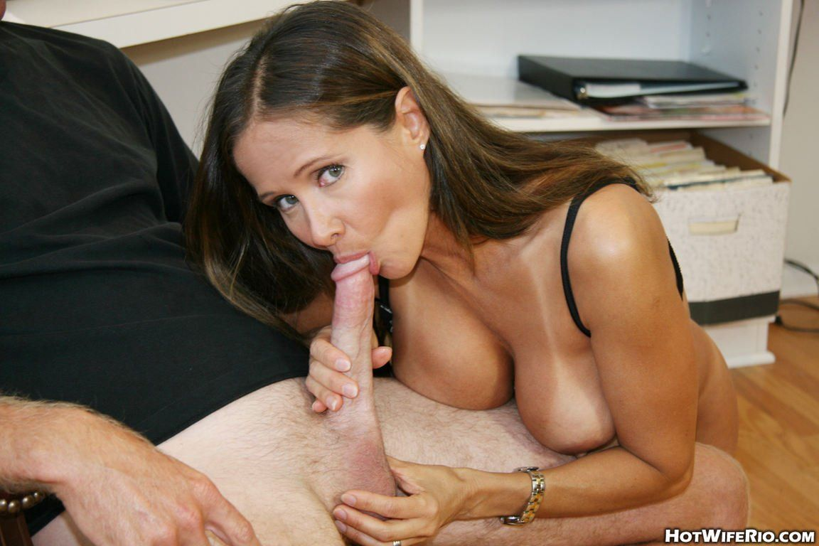 version has become hot milf alexis seduces kristin for a hot sex can consult you