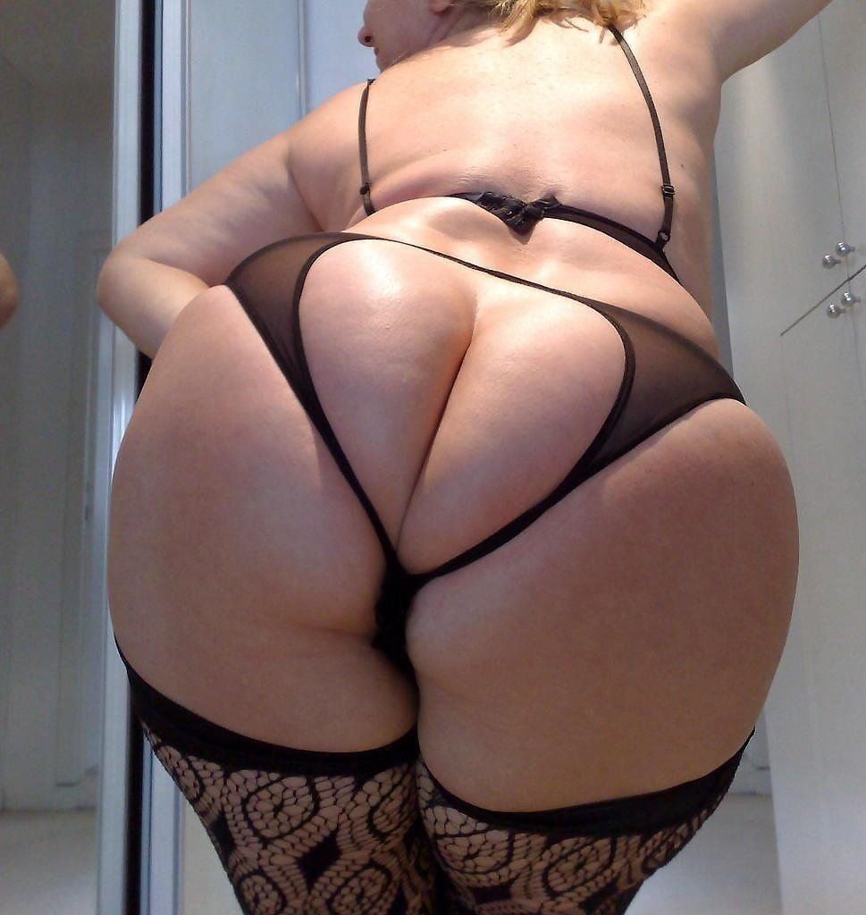 Ass Milf Porno juicy milf booty - pussy sex images. comments: 1