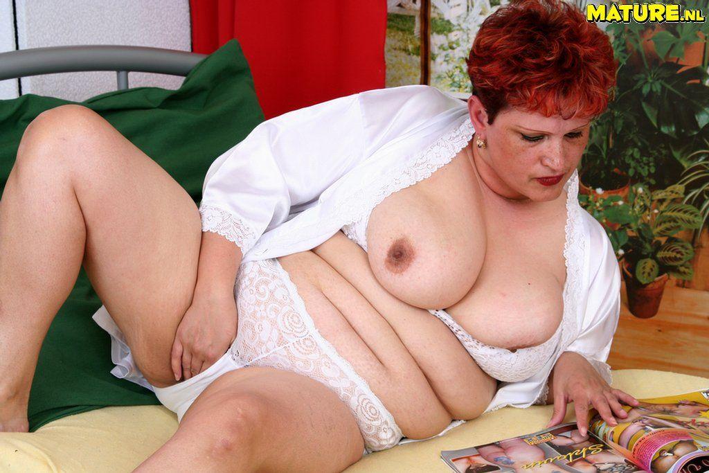 Naked photo thumbnail photos of naked old women
