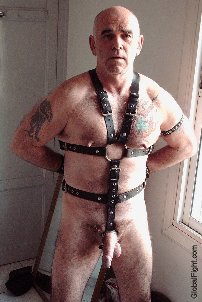 Nude Images european bondage video