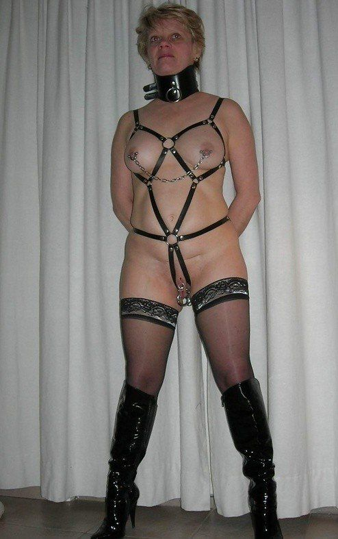 Outdoor Bdsm Moms Nude Images