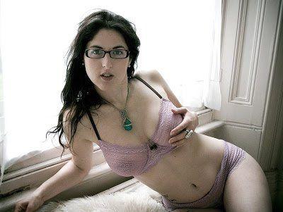 Daffy reccomend Nude chubby jewish girls