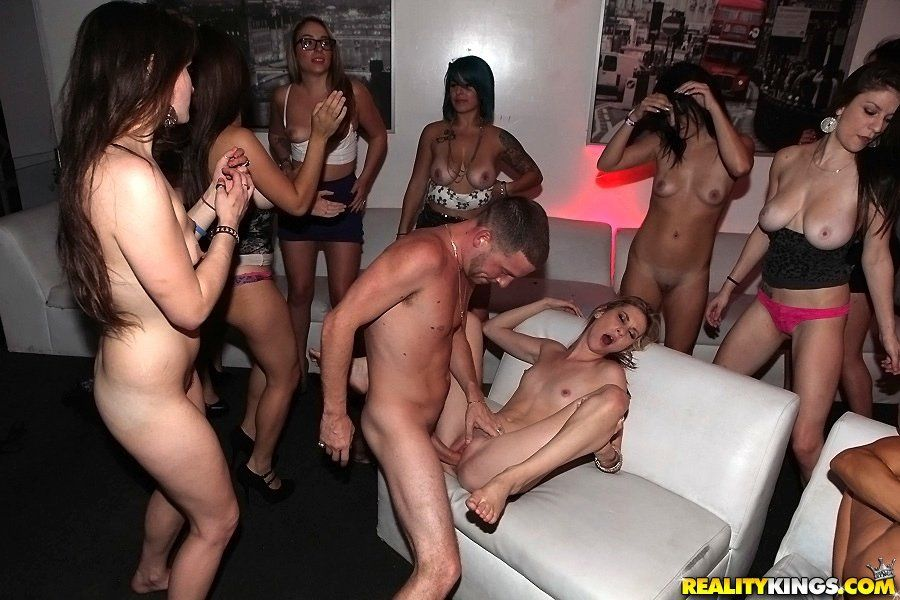 Free milf sex parties video porn images