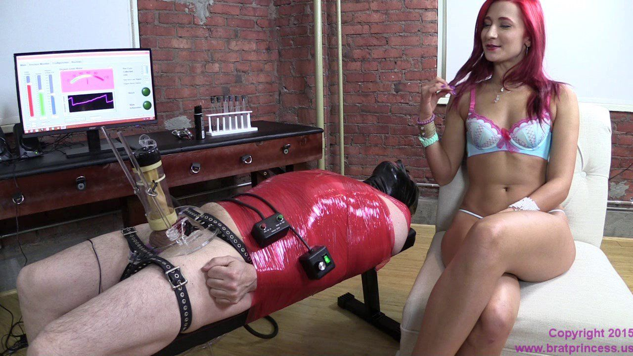 Girls getting fisted videos