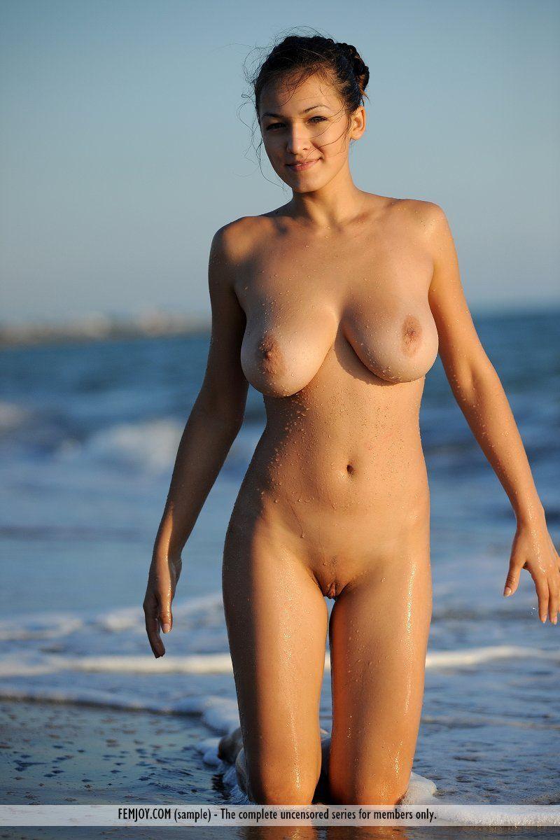 naked amatuer women in klaipeda