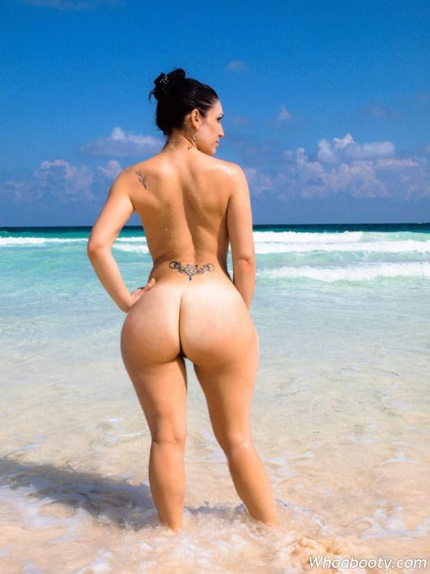 Are nudist ass naken big not