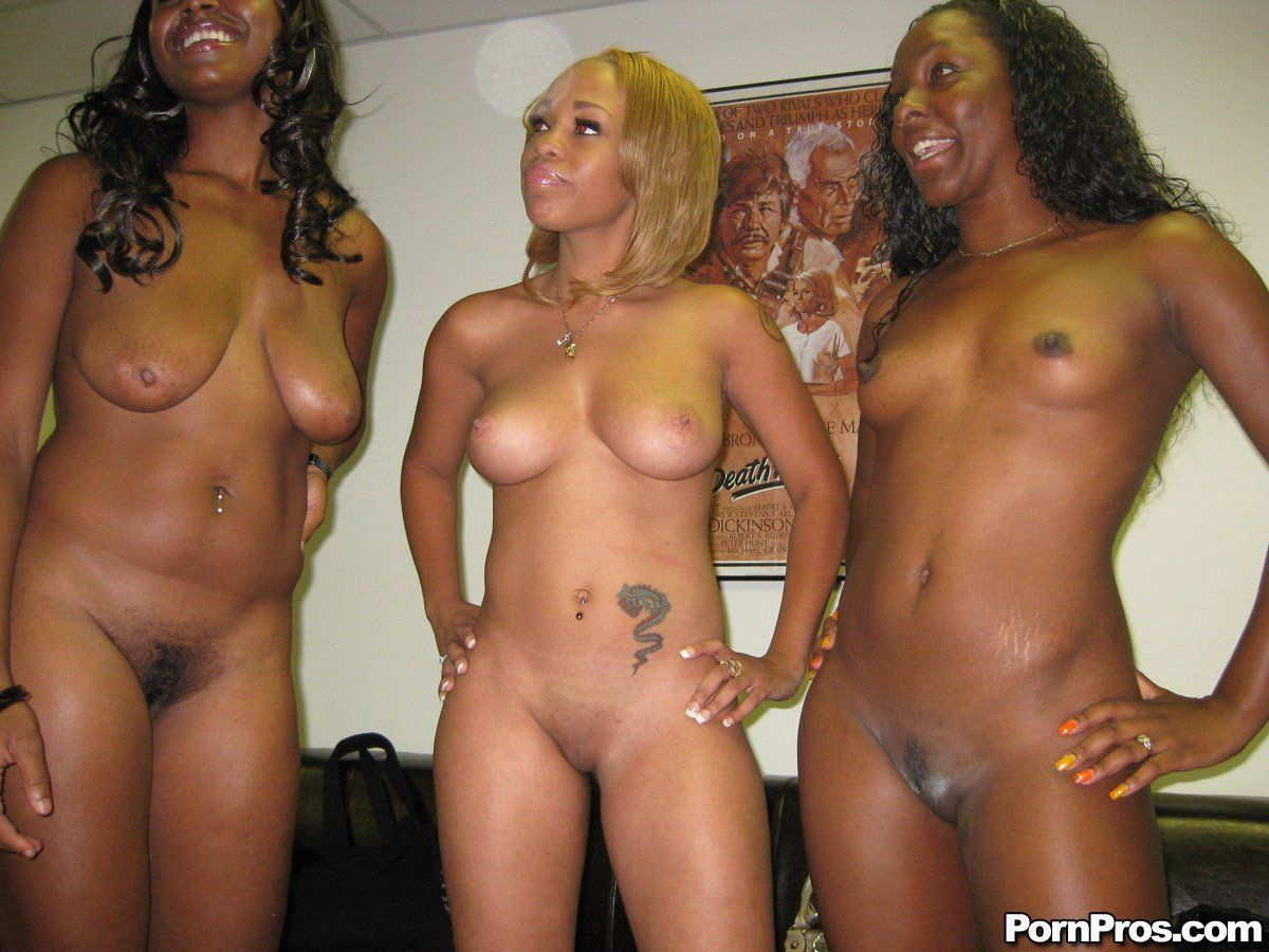 black girl muschi rasiert nackt