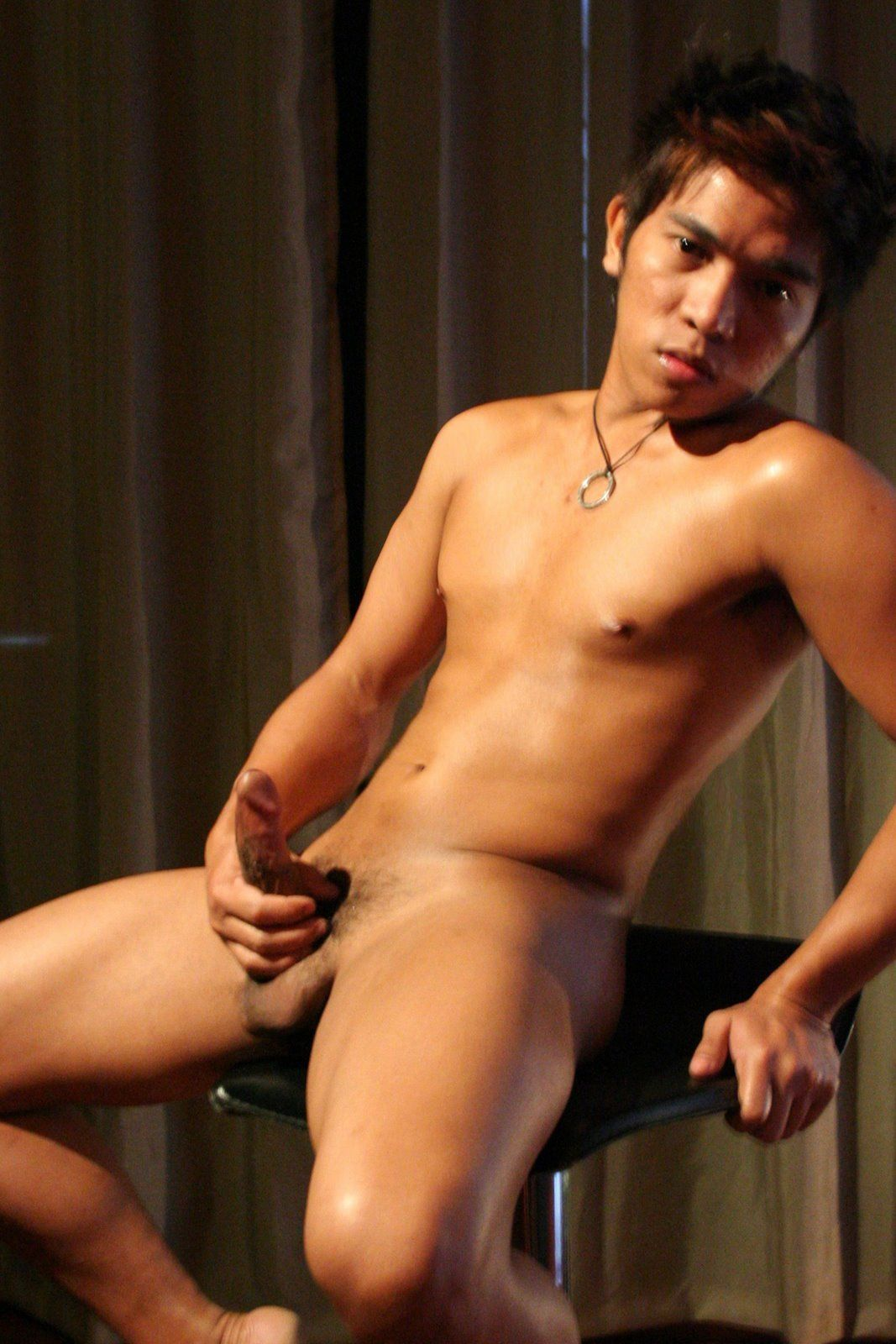 Ratman reccomend Pilipino man nude photo