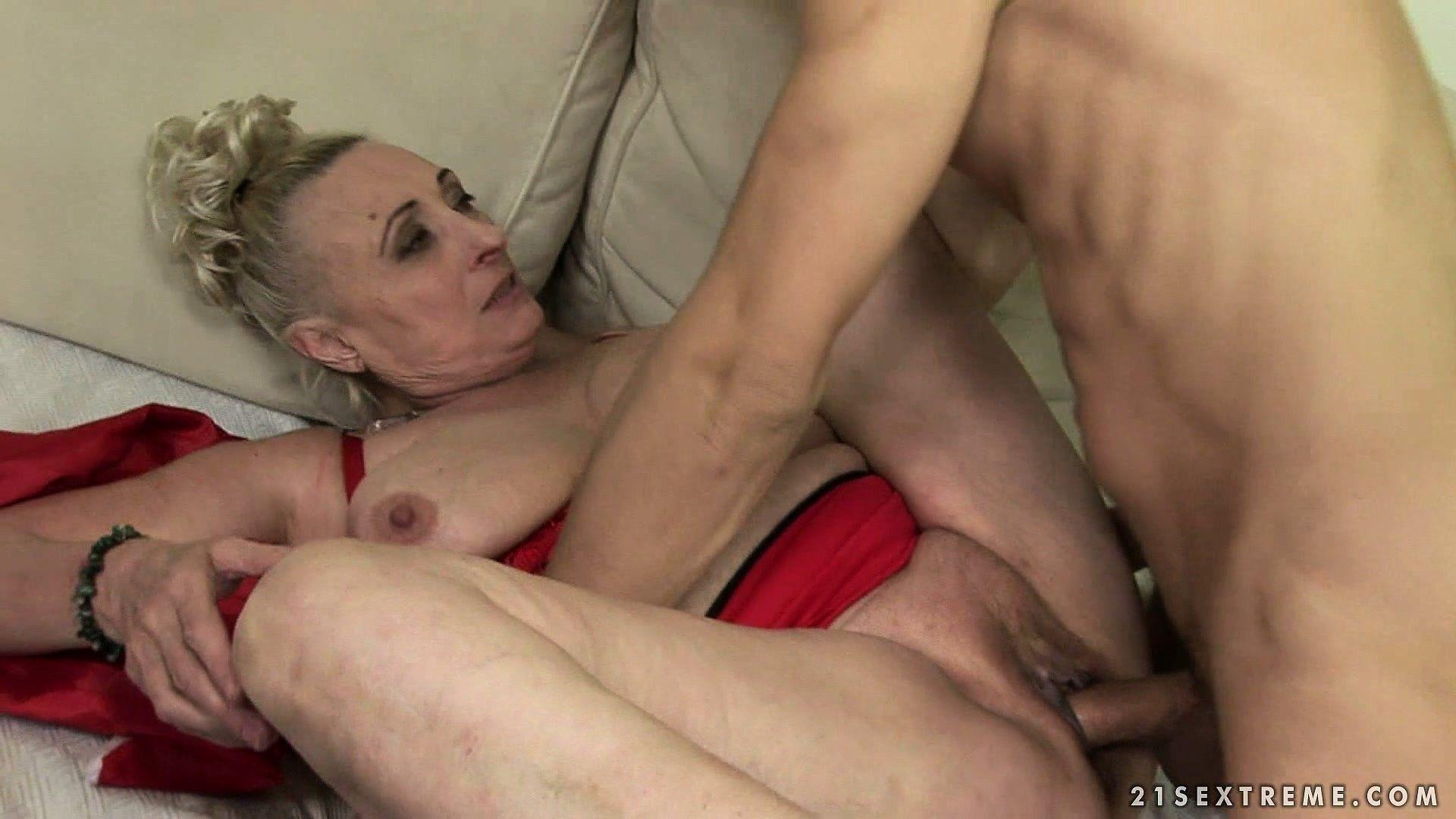 Man woman intercourse videos free sites