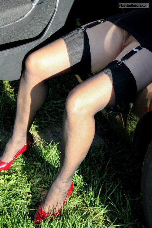 Garter leg nylons upskirt