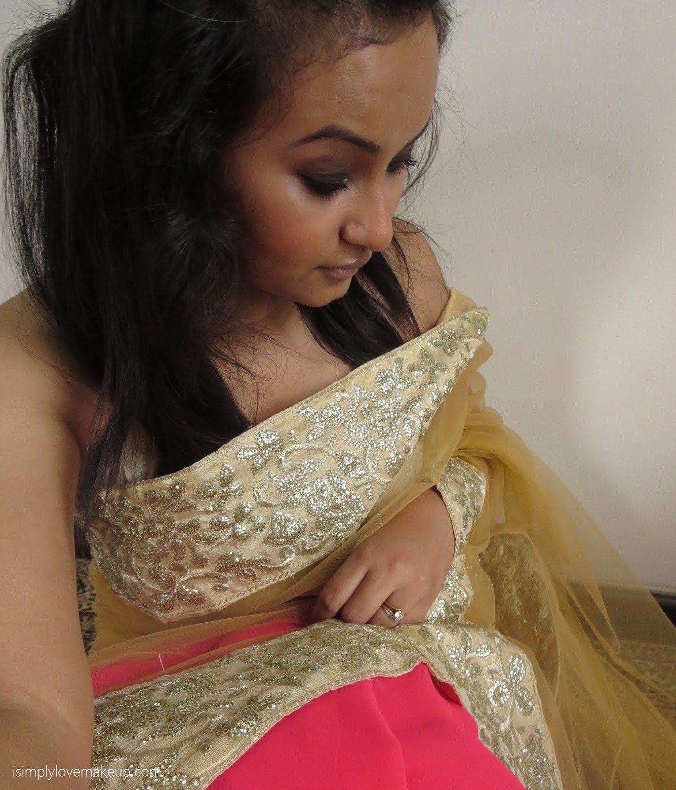 Kawaii reccomend Induan girla in saree nude