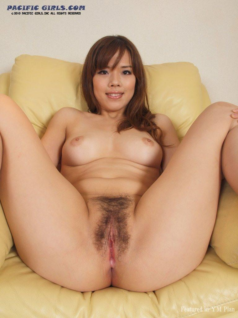 pacific girls pussy pissing